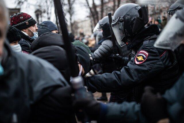 Хочу нового. Акция «Свободу Навальному!» в Москве — какой ее увидели спецкоры «Медузы», которые весь день провели на улицах столицы