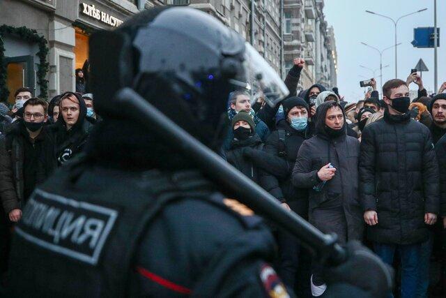 Путина спросили про митинги 23 января. Он ответил — про девяностые, развал Российской империи и захват Капитолия в США