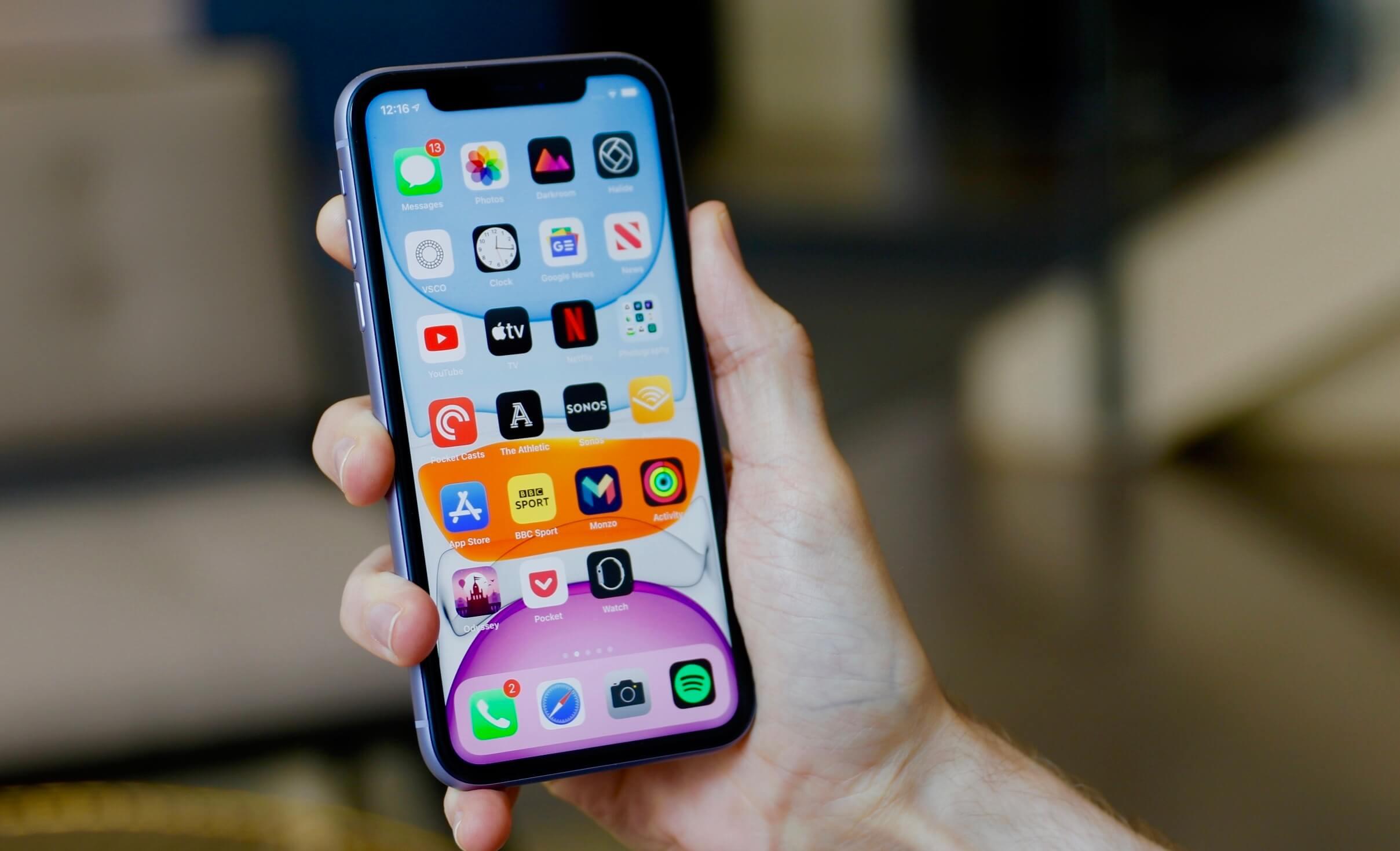Apple бесплатно заменит проблемные дисплеи iPhone 11