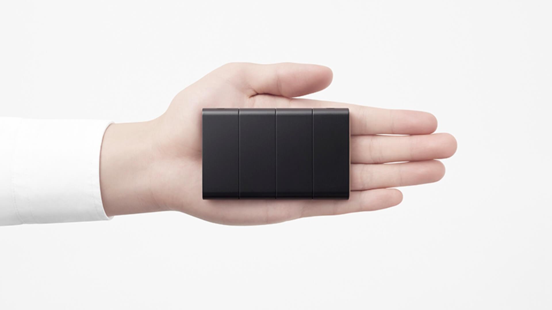 OPPO представила складной смартфон размером с кредитку