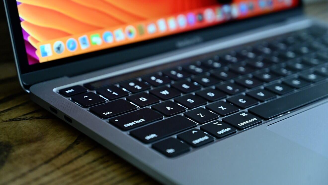 Apple бесплатно заменит аккумуляторы на некоторых MacBook Pro
