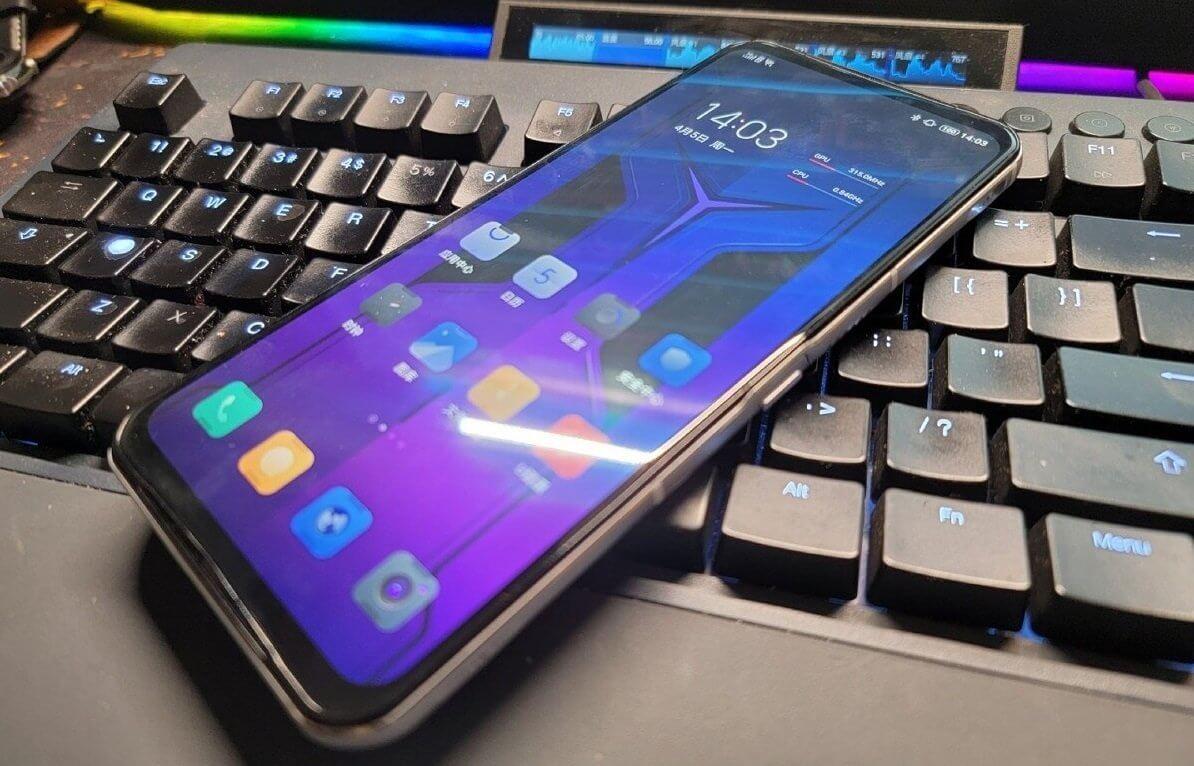 Lenovo Legion Phone Duel 2: Snapdragon 888, до 18 ГБ ОЗУ, два кулера и два разъёма для зарядки