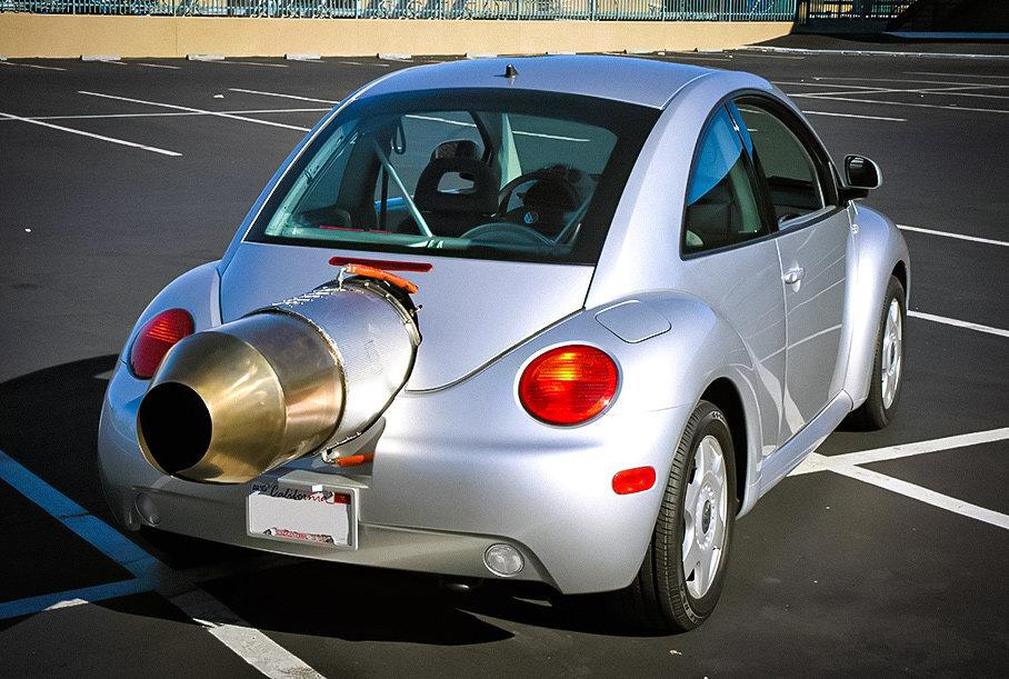Посмотрите на Volkswagen Beetle с мотором от вертолета за 40 миллионов рублей