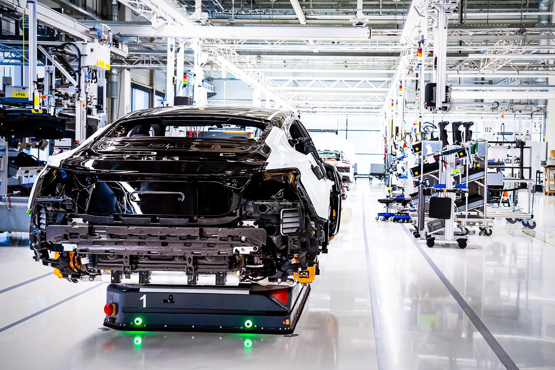 Audi запустил производство электрического e-Tron GT до официальной премьеры