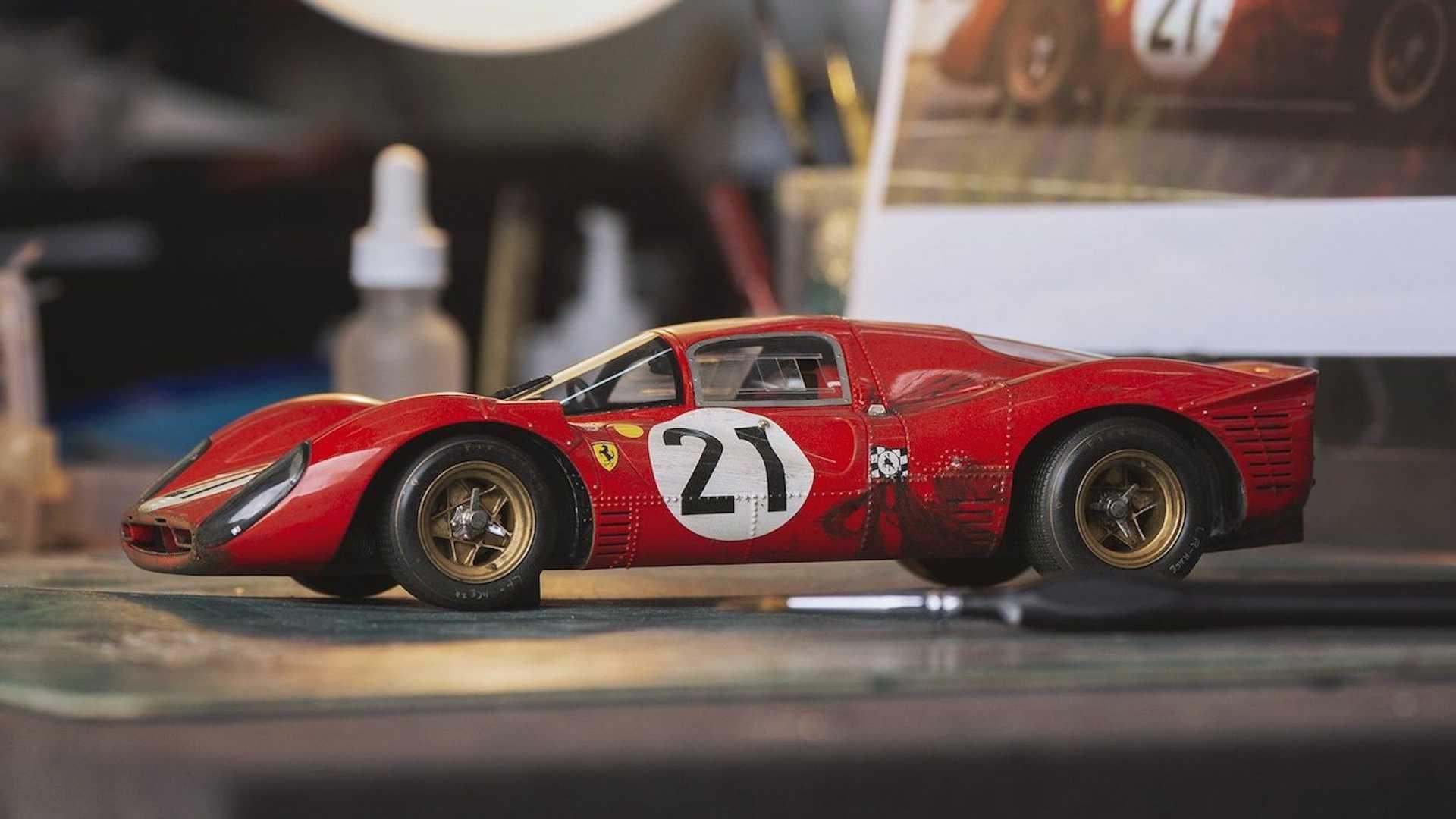 Модель исторической Ferrari оценили в 100 тысяч рублей