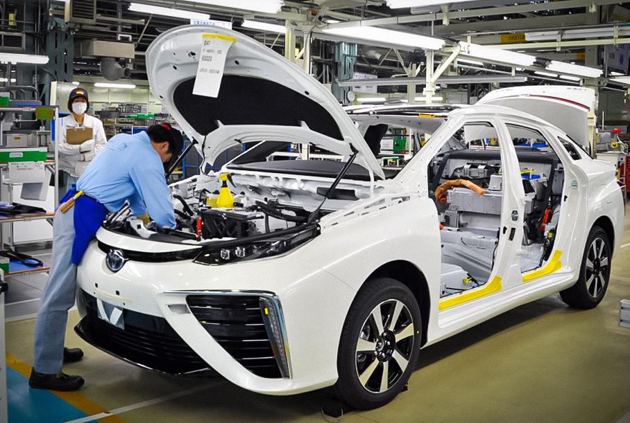 Заводы Toyota в Великобритании и Франции закрылись из-за нового штамма коронавируса