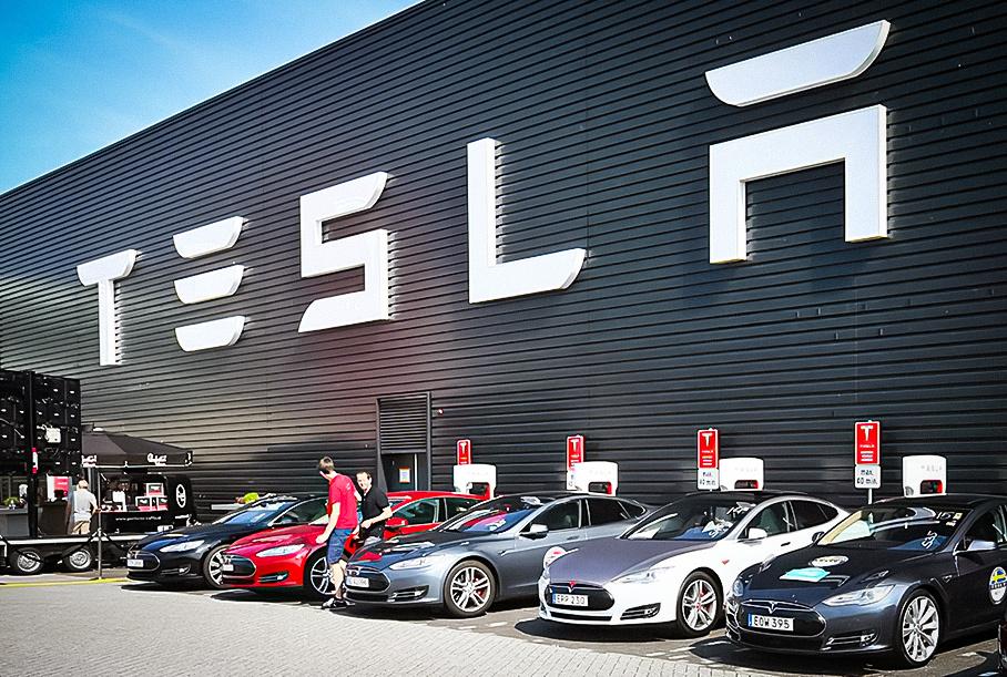 Илон Маск предлагал главе Apple выкупить Tesla за 60 миллиардов долларов