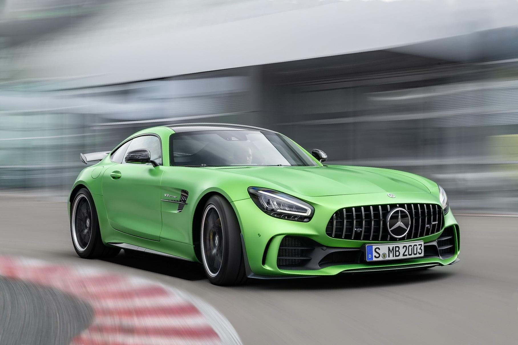 Mercedes-Benz свернет продажи GT R на одном из ключевых рынков
