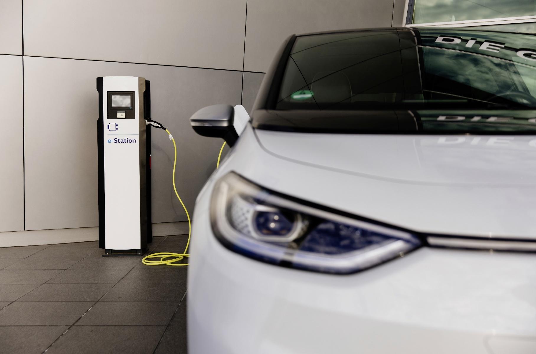 Volkswagen займется развитием зарядной инфраструктуры