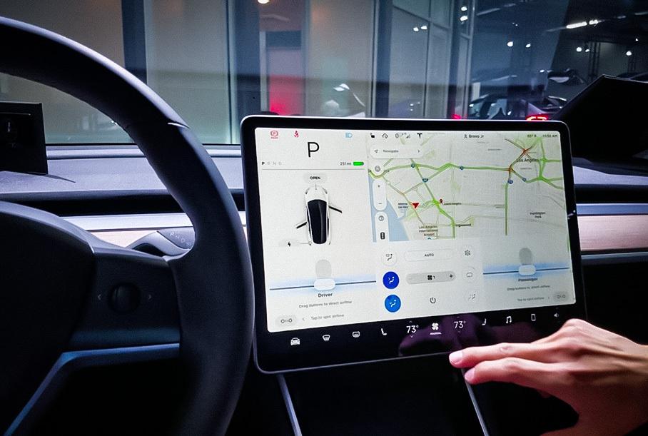 Tesla придется отозвать 158 тысяч автомобилей из-за серьезного дефекта