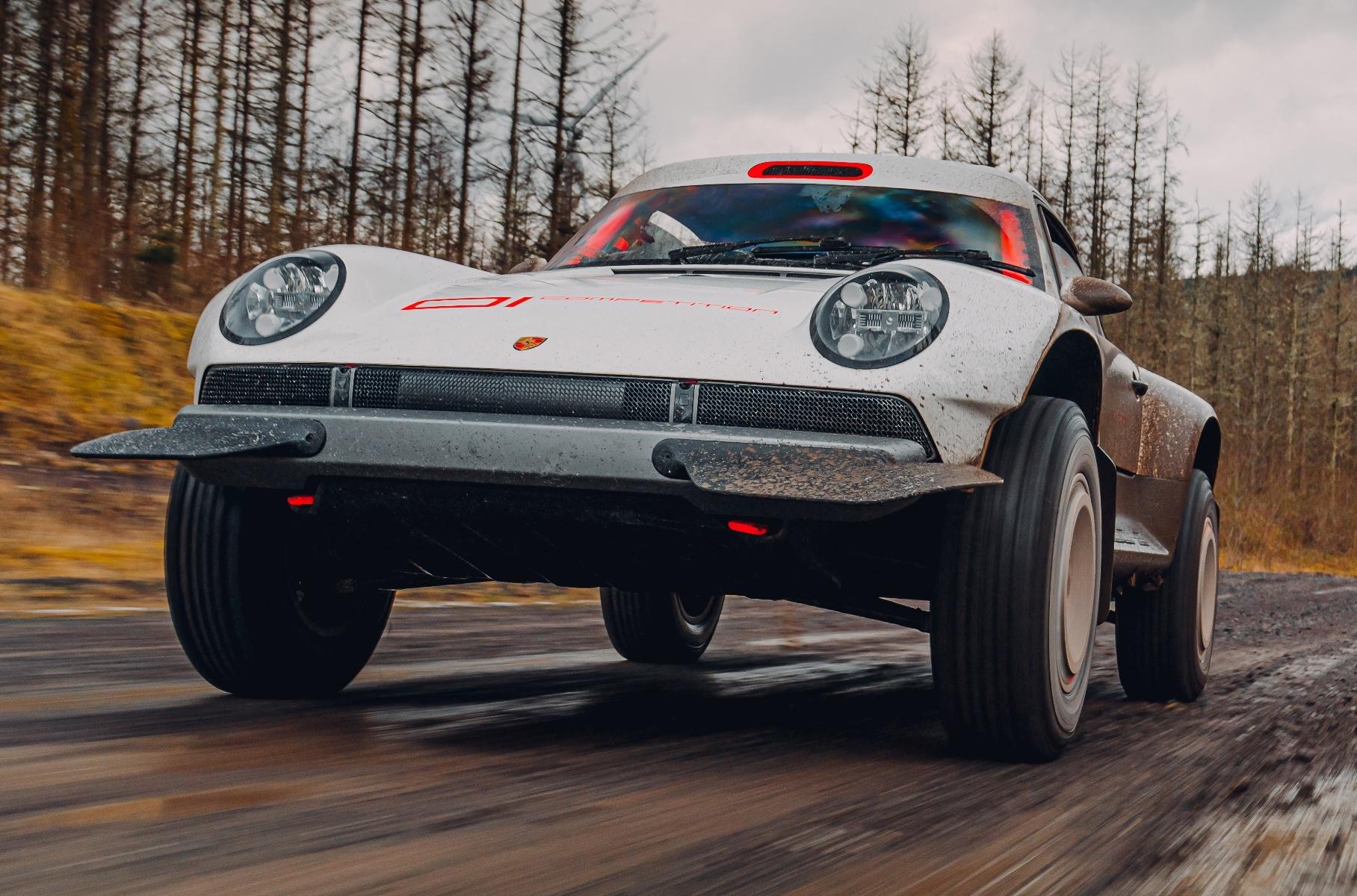 Видео: самый экстремальный Porsche 911 в движении