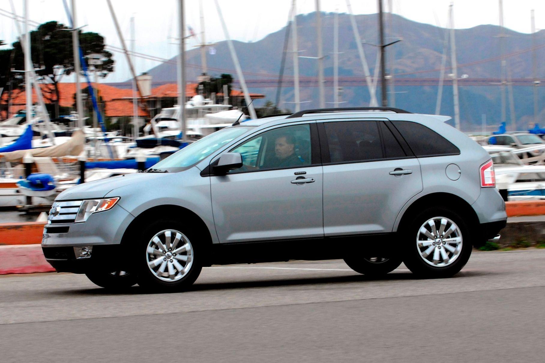 Ford отзывает три миллиона автомобилей для замены взрывоопасных подушек
