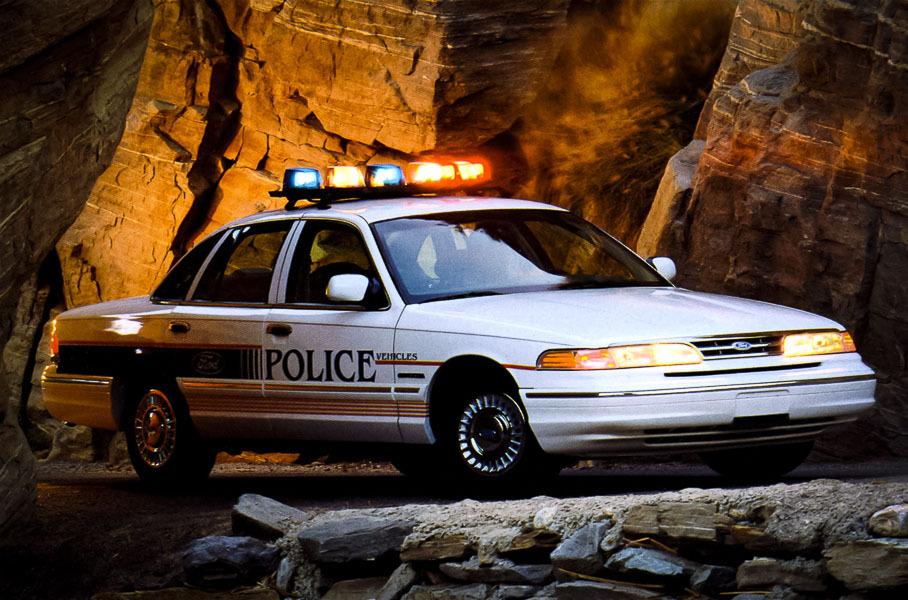 Коп в отставке: 30 лет славному Ford Crown Victoria