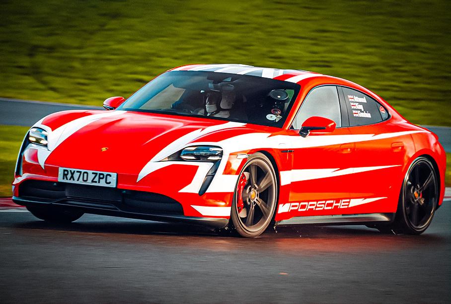 Видео: Электрические Porsche Taycan установили 13 рекордов