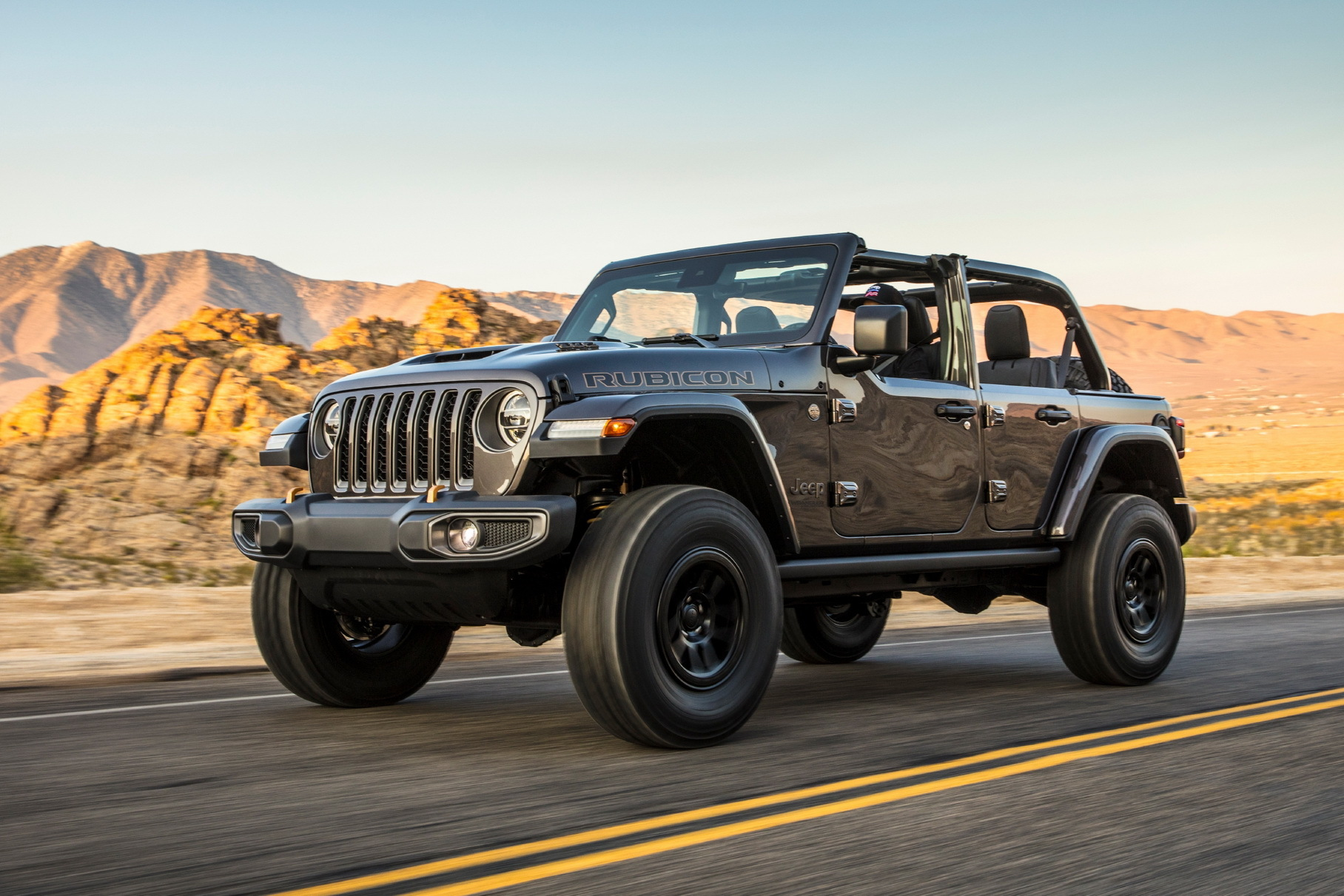 Jeep Wrangler V8 оказался прожорливее Lamborghini и McLaren