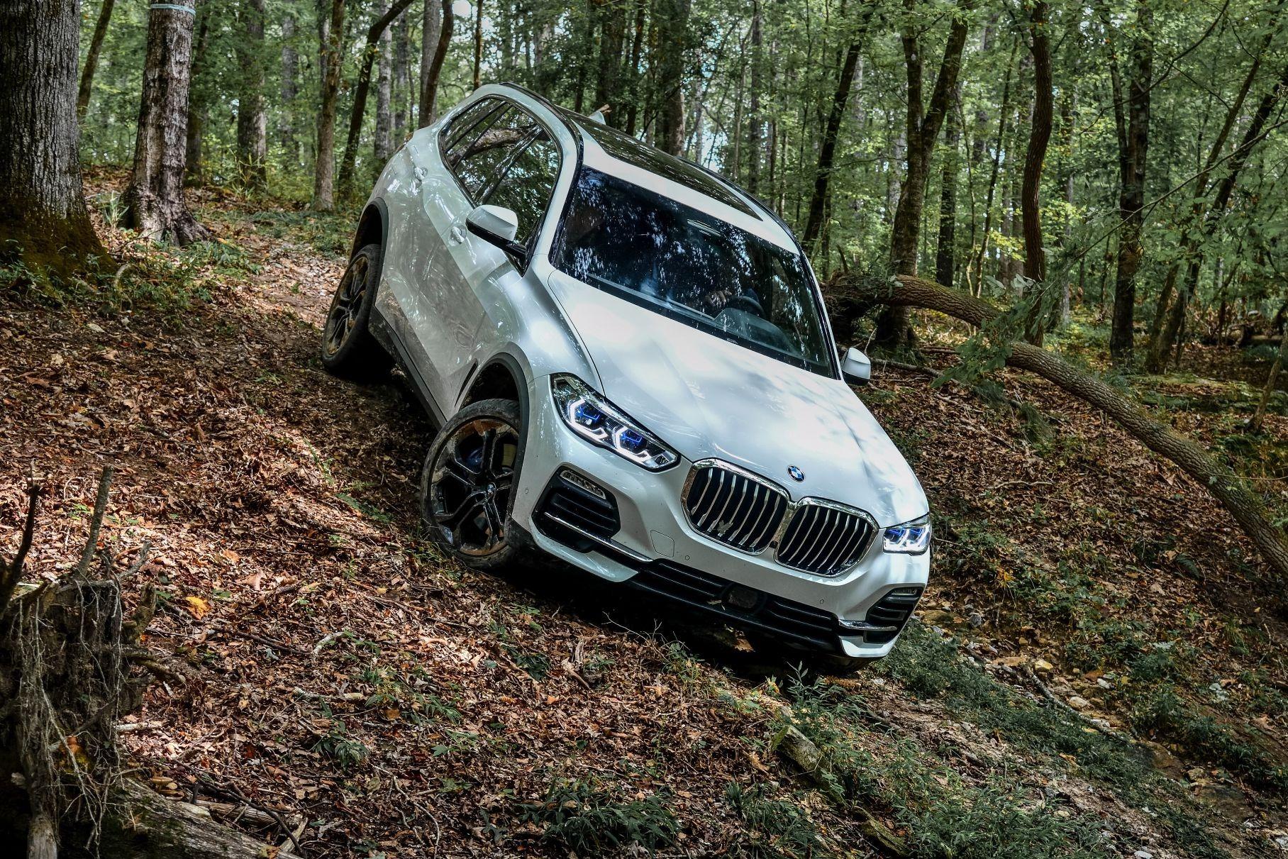 В России отзывают BMW X5 и X6, которые могут стать неуправляемыми