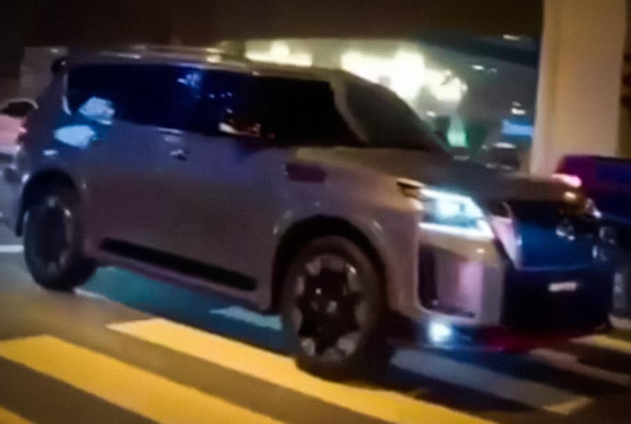 «Заряженную» версию Nissan Patrol сфотографировали без камуфляжа