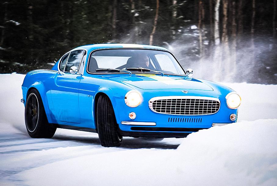Посмотрите, как спорткар на базе 56-летнего Volvo дрифтит в снегу