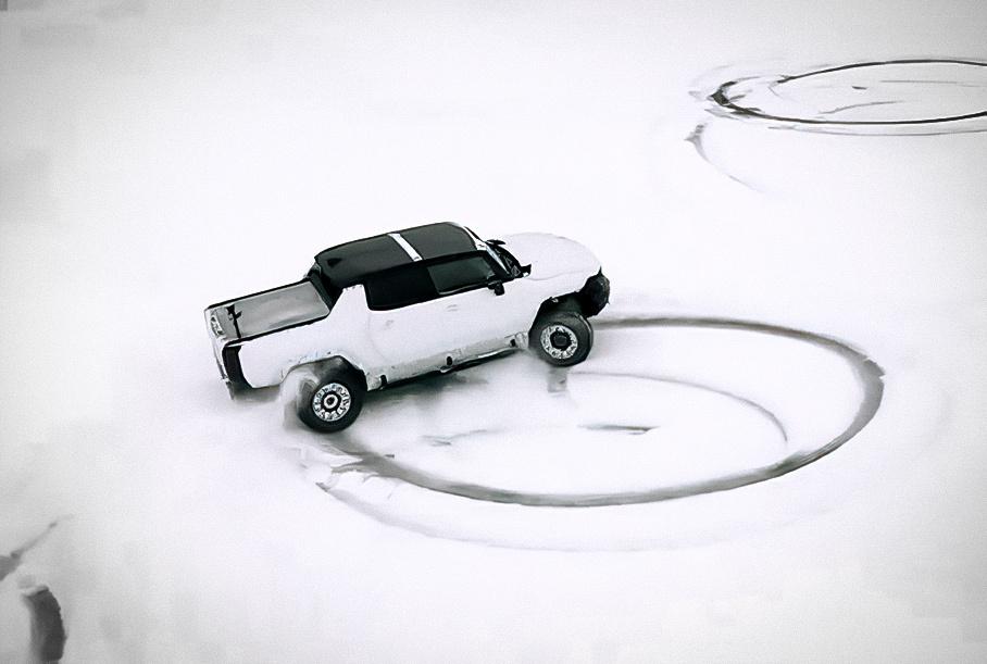 Видео: электрический Hummer крутит «пончики» на снегу