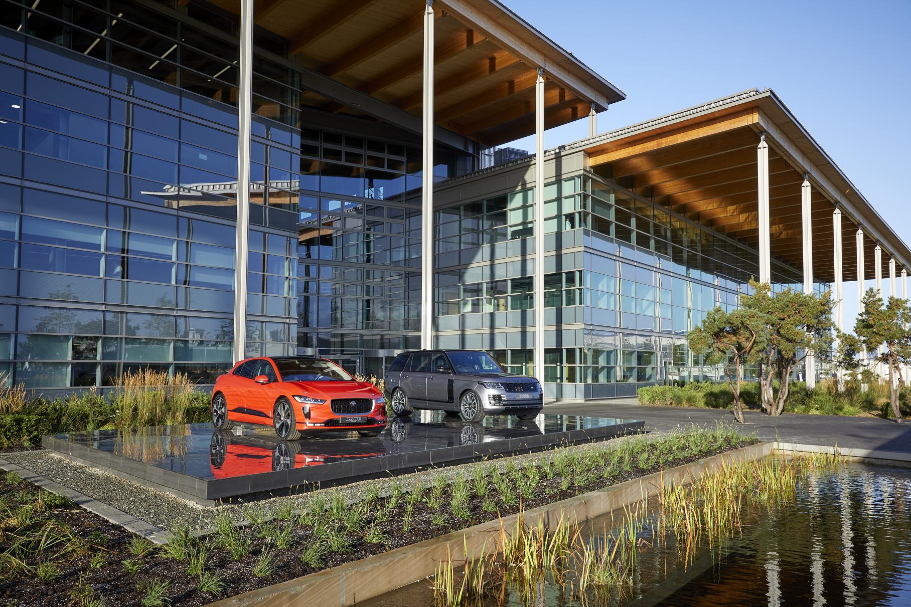 Jaguar Land Rover теряет по 100 тысяч покупателей в год. И вот почему