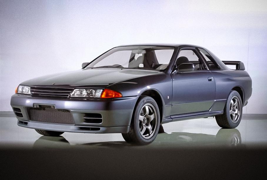 Видео: Nissan показал процесс заводской реставрации Skyline GT-R