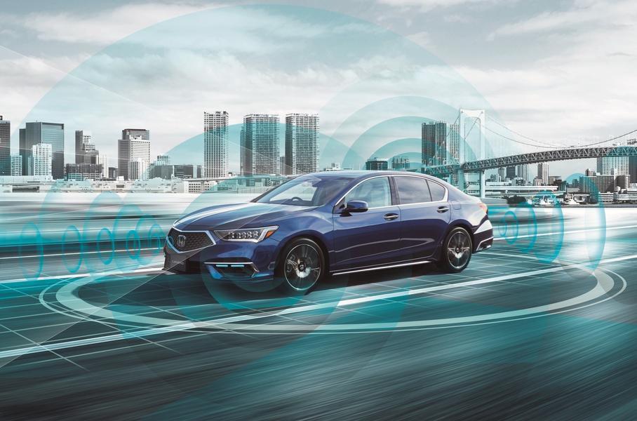Электрическое кросс-купе Volvo C40, электроуниверсал Porsche Taycan Cross Turismo и автопилот третьего уровня от Honda: главное за неделю