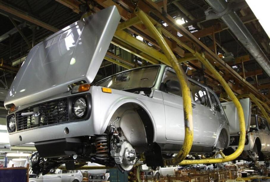 АвтоВАЗ возобновил производство пятидверной Lada Niva Legend