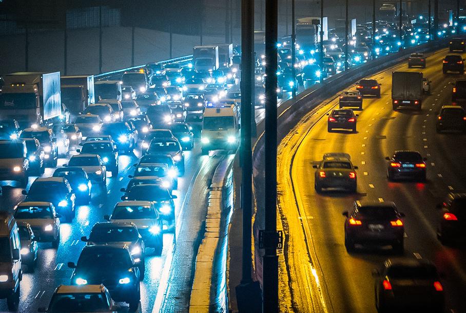 Автомобили в России будут следить за своими владельцами