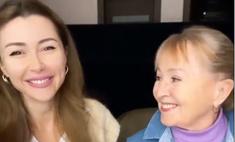 Бодра и весела: мама Анастасии Заворотнюк не теряет присутствия духа