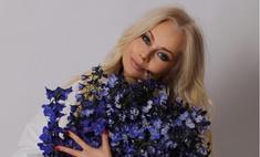 Табу на женатых и сплетни: Елена Корикова поздравила себя с 49-летием