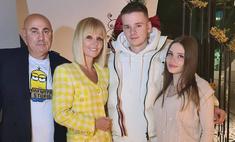 52-летняя певица Валерия впервые стала бабушкой