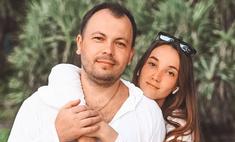 «Начинаю верить в чудо»: дочь Сумишевского чуть не погибла спустя 42 дня после смерти его жены
