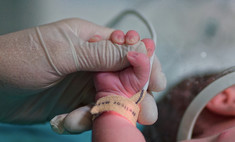 Не все сразу! Россиянка за год родила троих детей