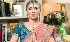 Индийские наряды и диско-хиты: Светлана Бондарчук собрала звездных друзей на костюмированной вечеринке в честь 52-летия