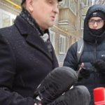 Кроссовки, которыми Роман Широков пинал судью, продадут на аукционе