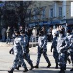 На центральные улицы Ставрополя стягивают силы правопорядка