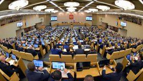Путин запретил второе гражданство для парламентариев