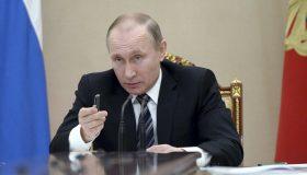 Виноват Макрон: Путин объяснил, почему нет уголовного дела об отравлении Навального