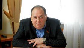 Из «Единой России» выгнали депутата, платившего зарплату дочери-прогульщице