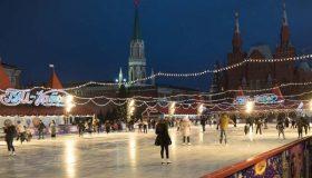 Коронавирус заставил власти Москвы сэкономить сотни миллионов рублей на катках и гирляндах
