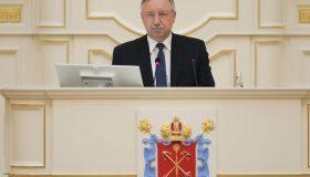 Резиденция — не повод для отставки: суд защитил Беглова и его незадекларированную дачу