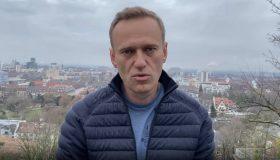 Больше не «берлинский пациент»: Навальный вернулся в Россию после пяти месяцев лечения