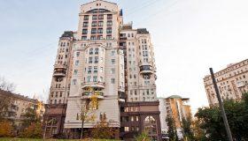 Миллиарды на госзакупках и элитная квартира в 19 лет: раскрыто богатство дочери главного косметолога Депздрава Москвы