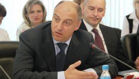 Проверят однопартийцы: депутата Госдумы требуют лишить мандата за управление бизнесом