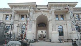 «Один сплошной бетон»: опубликовано видео экскурсии по стройке дворца в Геленджике
