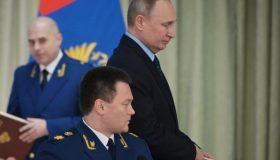 Итоги недели: Путин кивает на Макрона, Краснов тасует прокуроров, Лебедев считает коррупционеров