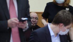 Одышка и головокружение: экс-сенатор Шпигель пожаловался на ухудшение здоровья в ИВС
