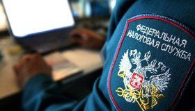 Не только налоги: два экс-сотрудника ФНС уличены во взяточничестве