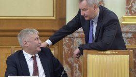Итоги дня: шокирующие новости для Рогозина, облава на женщин у Колокольцева и отмазки бывшего сенатора