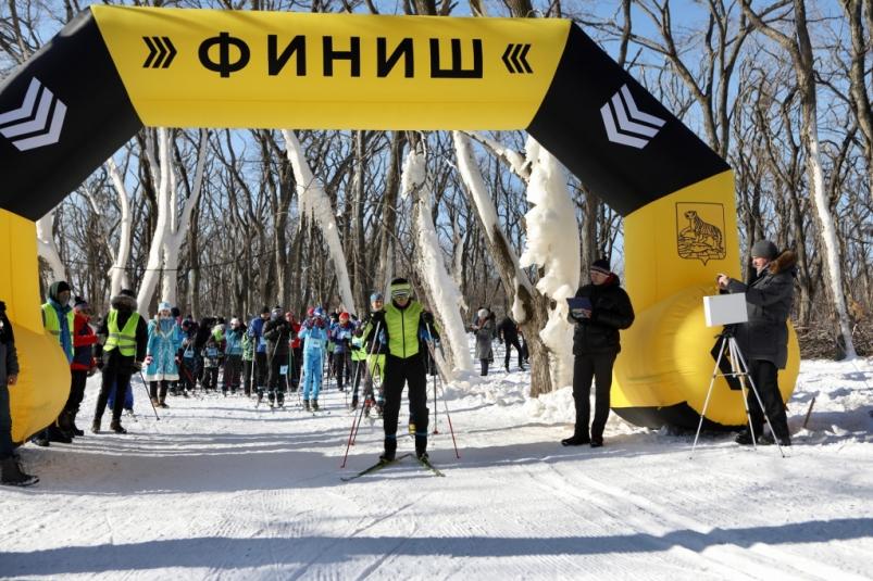 Лыжная трасса с бесплатным прокатом открылась на Русском острове